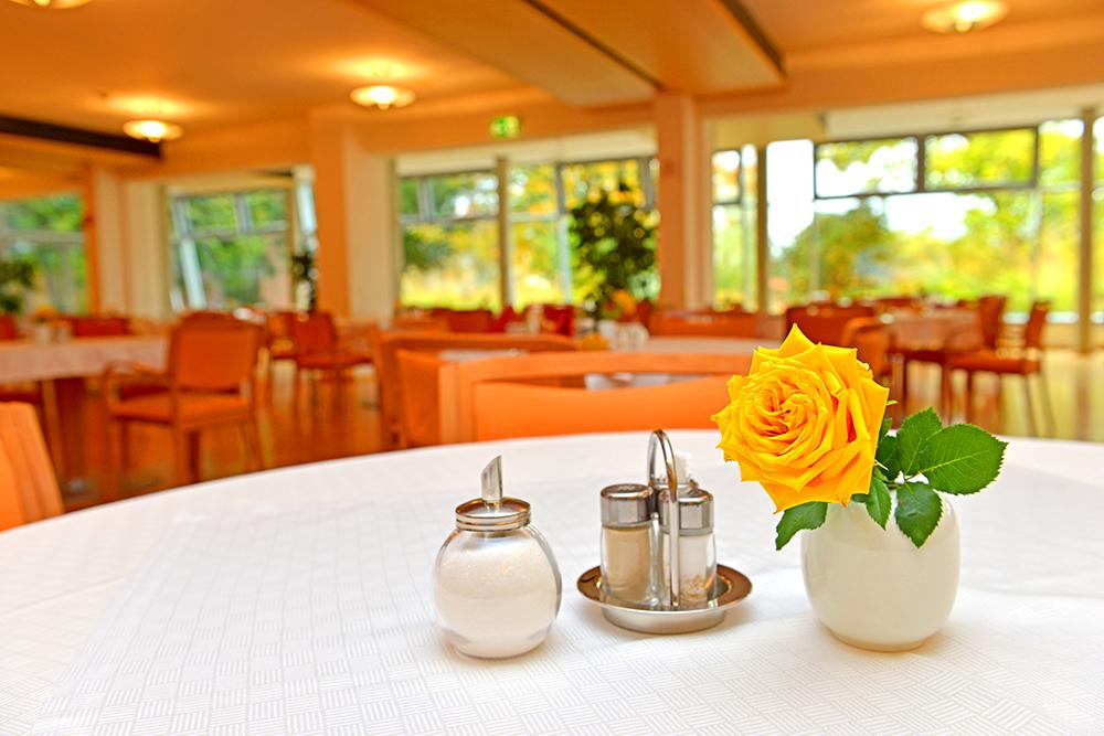Johanneshaus Öschelbronn Bilder Cafeteria