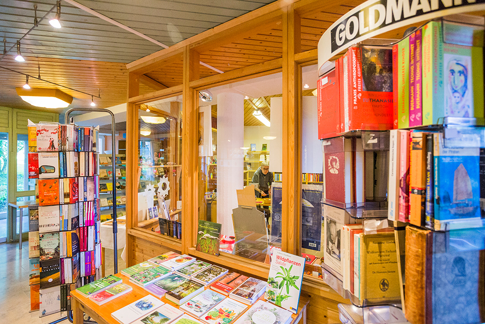 Johanneshaus Öschelbronn Bilder Bücherstube